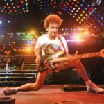 I camaleontici bassi di John Deacon